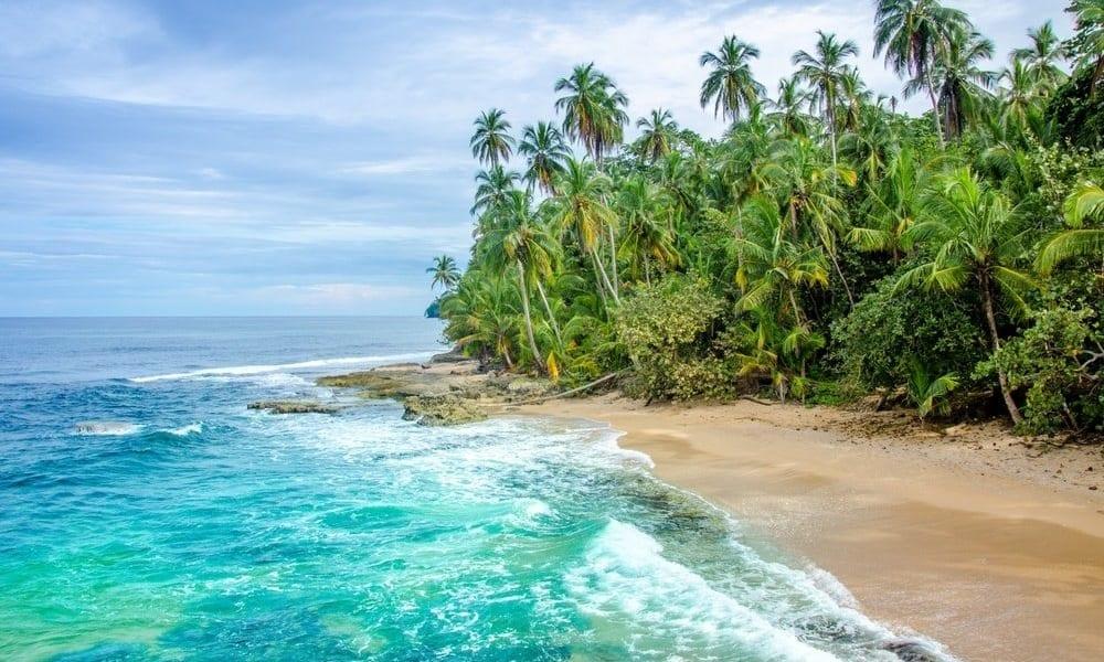 Comment aller de la France au Costa Rica?